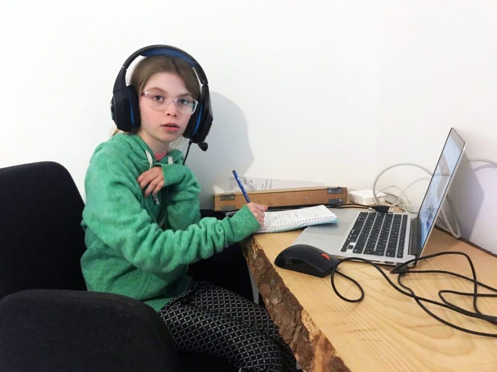mindplay השפעת המסך, הגבלת מסך לילדים, ליצ'י ילדות אנלוגית בעולם דיגיטלי, אלונה גורן-פרידריך